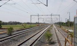 देखिए कैसे भारतीय रेलवे से डेडीकेटेड फ्रेट कॉरिडोर में पहुंचा लोकोमोटिव || News Station