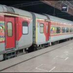 लंबी वेटिंग लिस्ट वाली ट्रेनों के पहले Railway चलाएगी Clone Trains | News Station